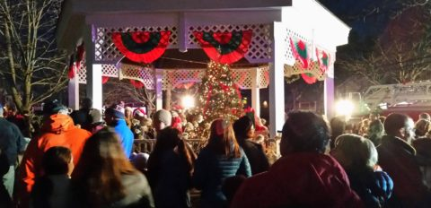 2019 Christmas Tree Lighting @ Gazebo | Chester | New Jersey | United States